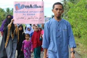 Yusuf Sunarko, Menjadi Lentera di Halmahera Utara